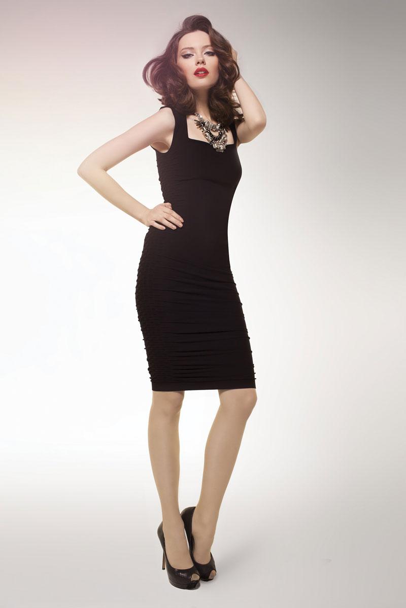 Ann Angel In Black Leggings Shiny